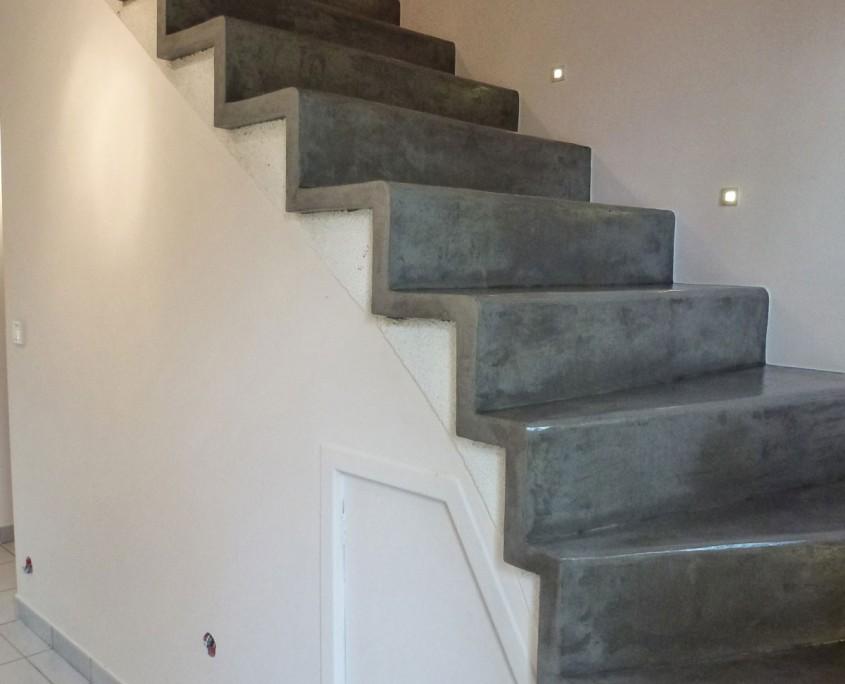 escalier-béton-ciré-spatulé-goussainville95